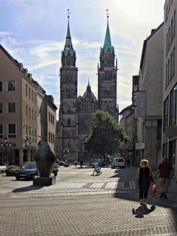 Die Lorenzkirche